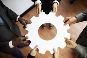 colaboración-sinergias-equipos